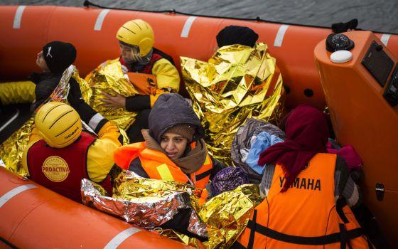 Refugiados rescatados en la isla de griega de Lesbos.