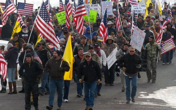 Manifestación en Burns, Oregon, antes de la toma del refugio.