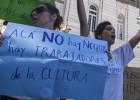 Polémica en Argentina por la primera represión de despedidos
