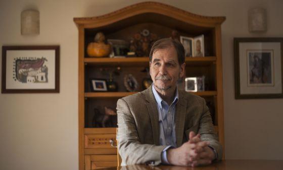 Agustín Basave en entrevista para El País en Coyoacán.