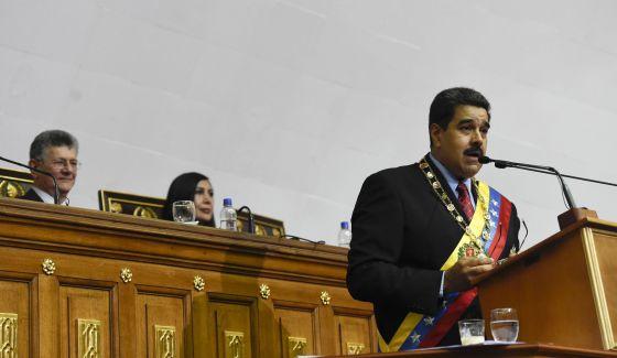 Nicolás Maduro ante el pleno de la Asamblea Nacional.