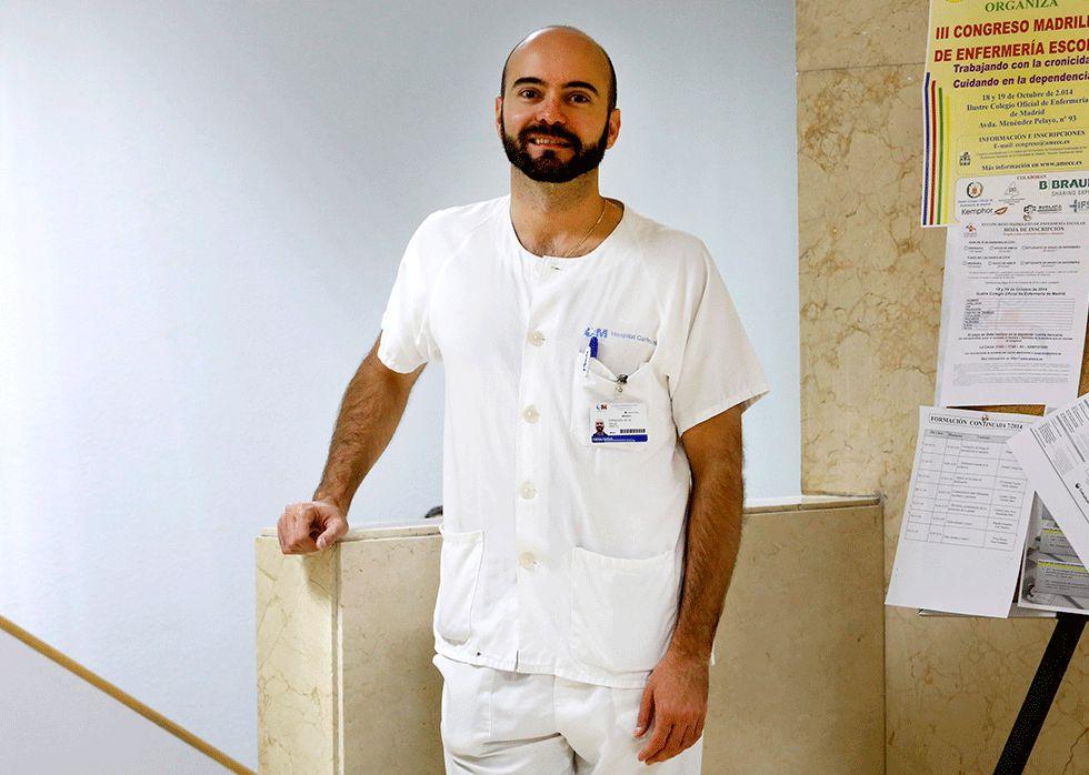 El médico Fernando de la Calle, especialista en Medicina Tropical del hospital Carlos III de Madrid.