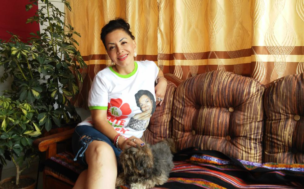 Ángela Villón, candidata por el Frente Amplio, en su casa de Lima.