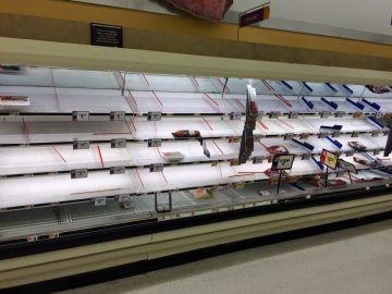 Estanterías de un supermercado de Washington el miércoles por la noche.