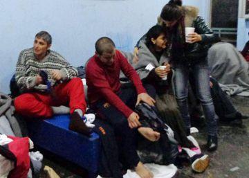 Dos camioneros españoles entran en Holanda con refugiados a bordo