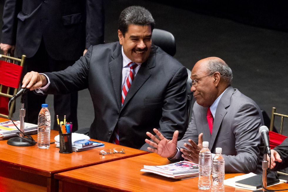 Maduro, junto al vicepresidente Aristóbulo Istúriz.