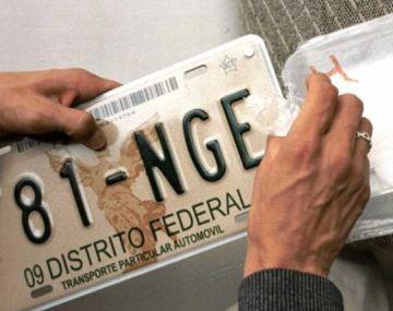 Así lucían las placas que portaban la imagen del 'Ángel de la Independencia'.
