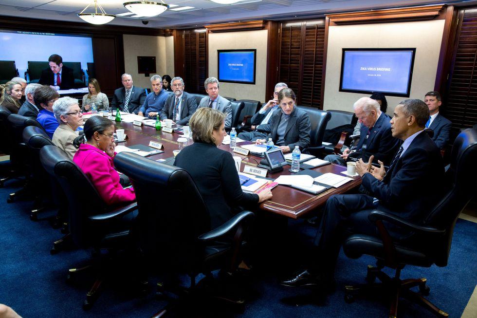 Reunión del presidente Obama con las autoridades sanitarias por el virus zika