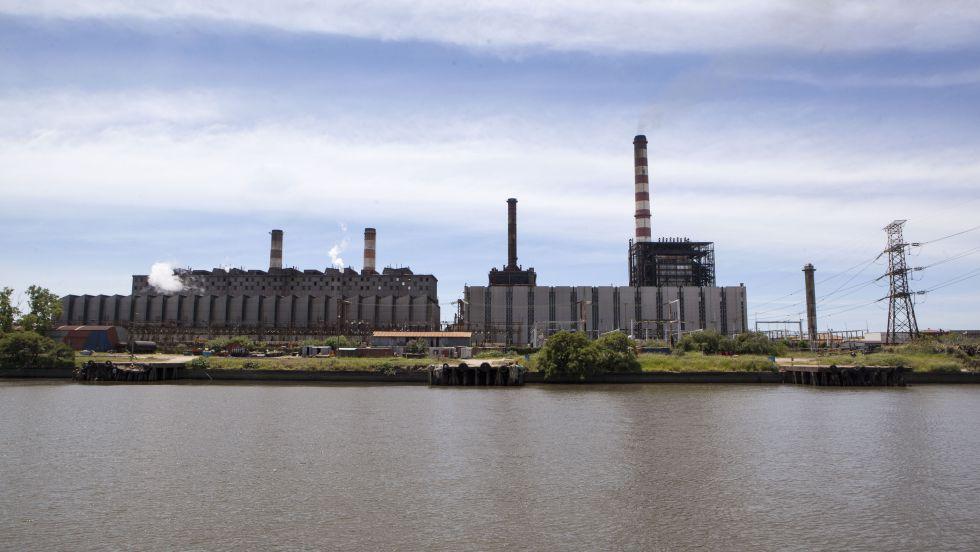 Central termoeléctrica en Buenos Aires