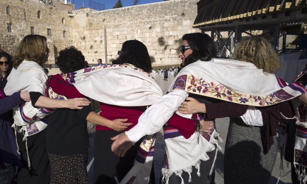 Miembros del grupo Mujeres del Muro de las Lamentaciones