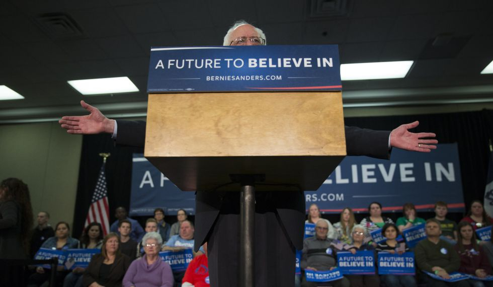 Sanders interviene en Waterloo, Iowa.