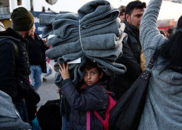 Tras las bombas, los menores refugiados afrontan las mafias