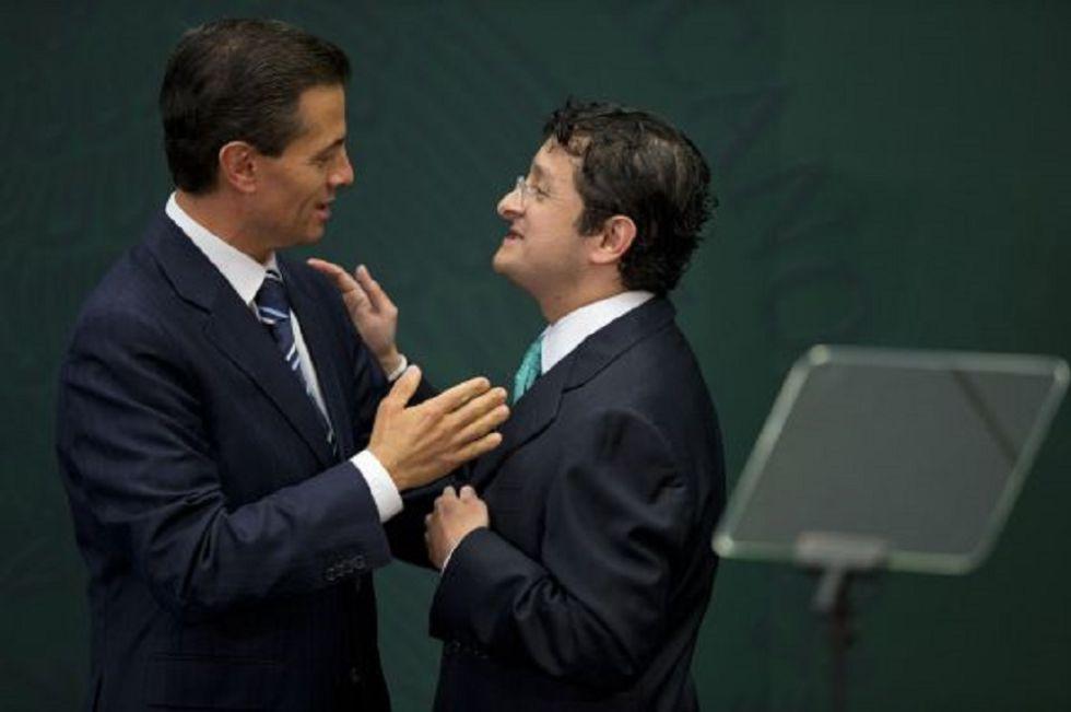 El presidente Peña Nieto con el zar anticorrupción Virgilio Andrade.