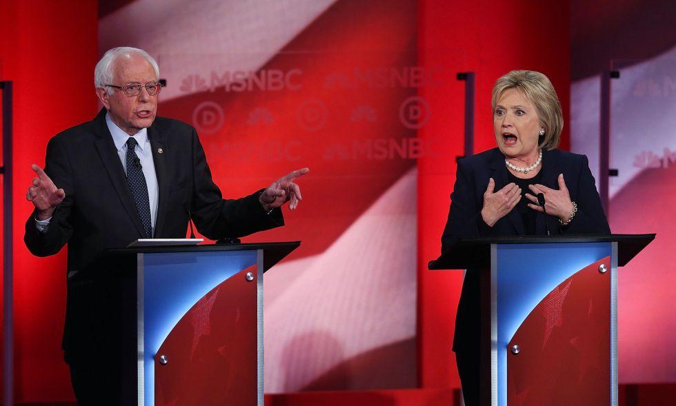 Un instante del debate entre los aspirantes demócratas.