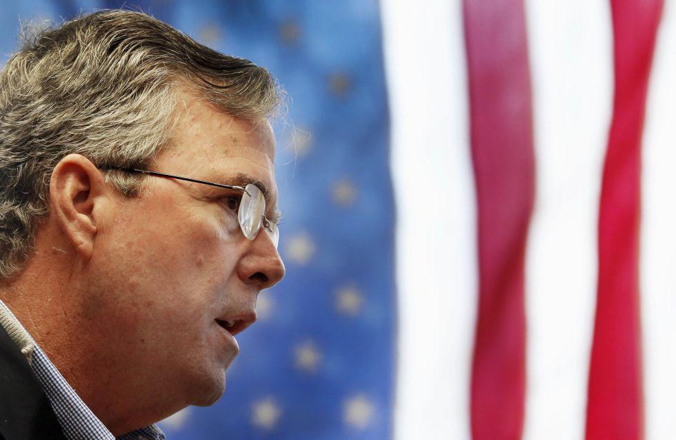 El republicano Jeb Bush es el candidato con más apoyo entre los Super PACs.