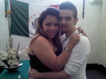 Sergi Forés con su esposa Juana María Barrera.
