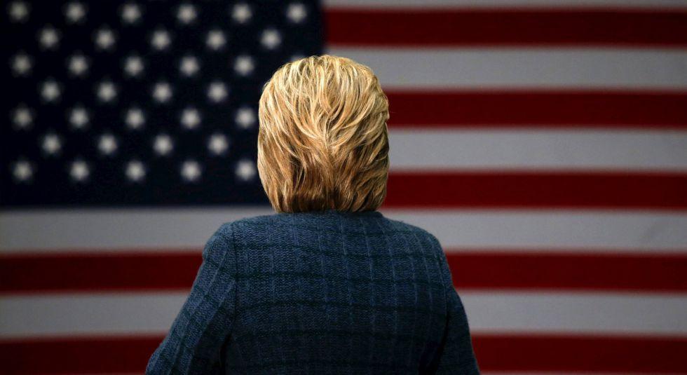 Hillary Clinton, en una escuela elemental en Concord este sábado.