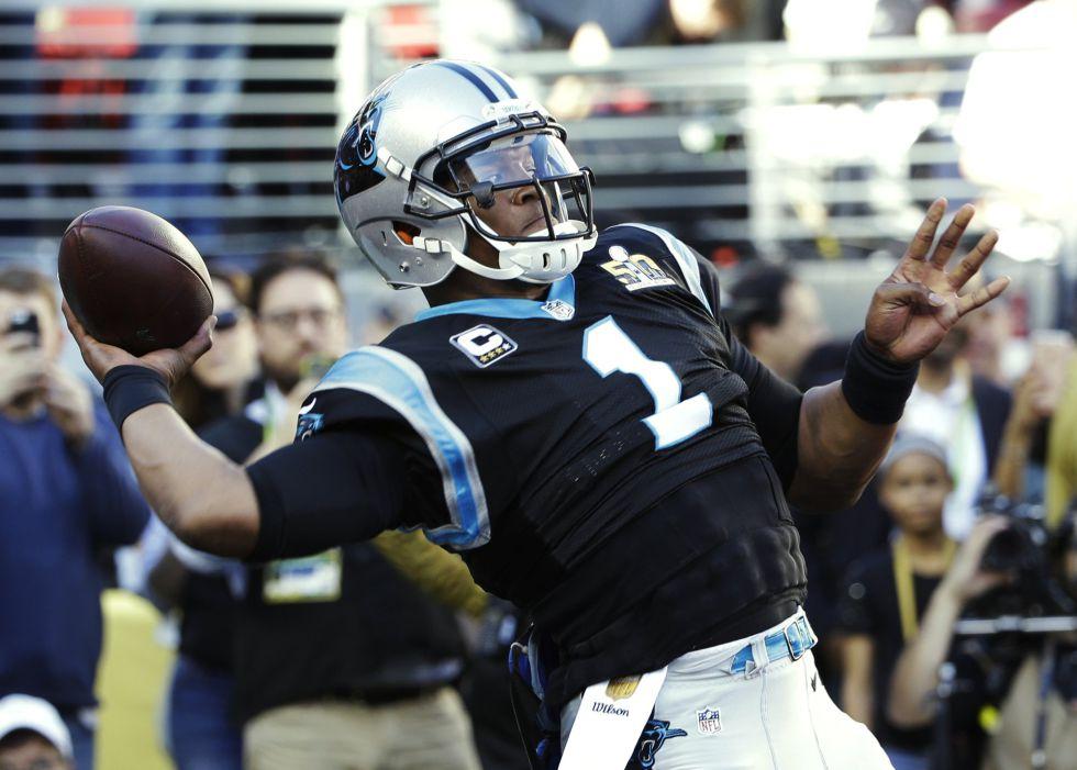 El quarterback de los Panthers, Cam Newton.