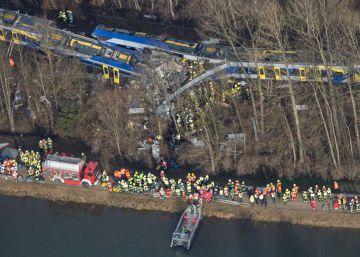 Un choque de trenes en el sur de Alemania causa diez muertos