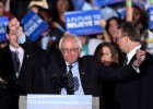 Bernie Sanders celebra la victoria en New Hampshire.