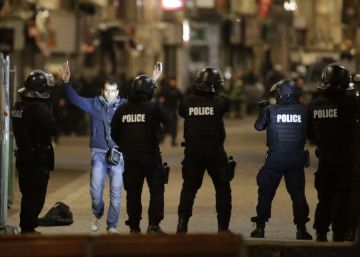 Hollande recupera para Exteriores a su ex primer ministro Ayrault