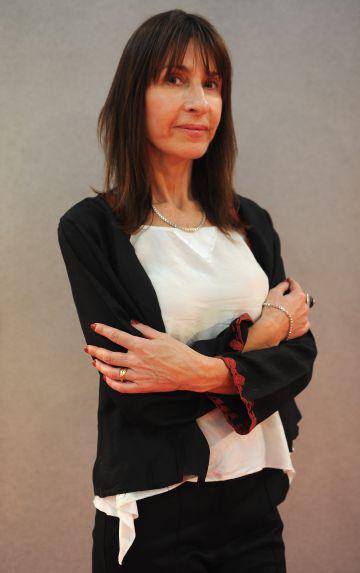 La chilena Carla Guelfenbein