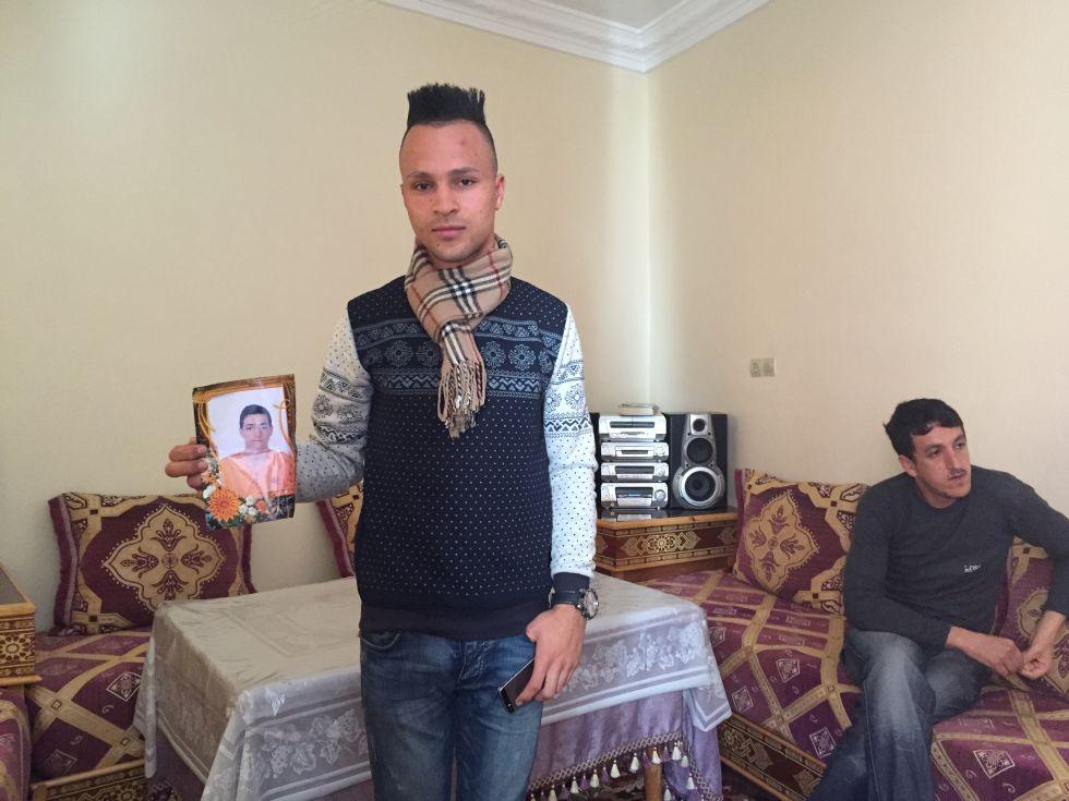 Jóvenes marroquíes se hacen pasar por refugiados