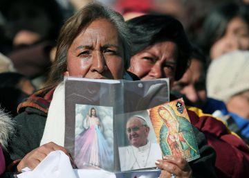 El Papa reprende al poder político y al alto clero de México