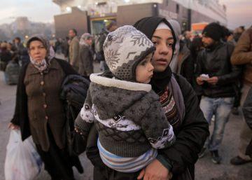 La OTAN dará información a la UE sobre el tráfico de migrantes
