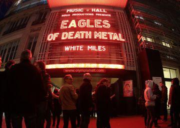 Los Eagles of Death Metal acaban su concierto del 13 de noviembre