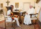 El Papa envía un rosario a una ultrakirchnerista encarcelada