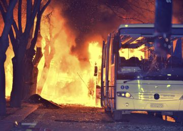 Al menos 28 muertos en un ataque cerca de instalaciones militares en Ankara