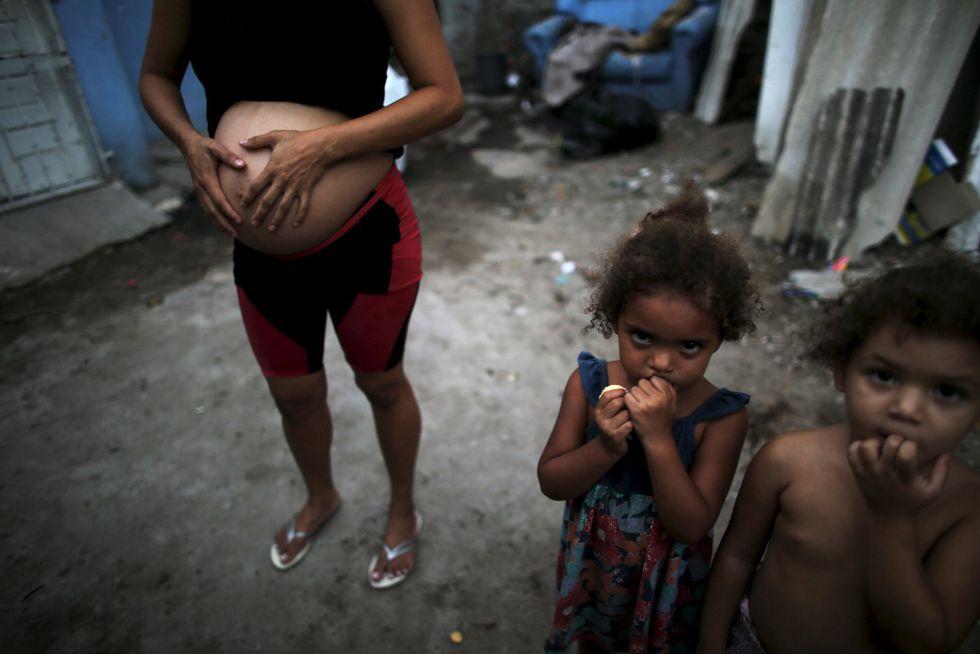 Una mujer con siete meses de embarazo en Recife, Brasil.