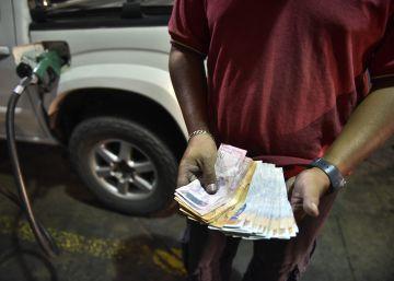 La oposición busca la salida de Maduro ante el creciente caos económico