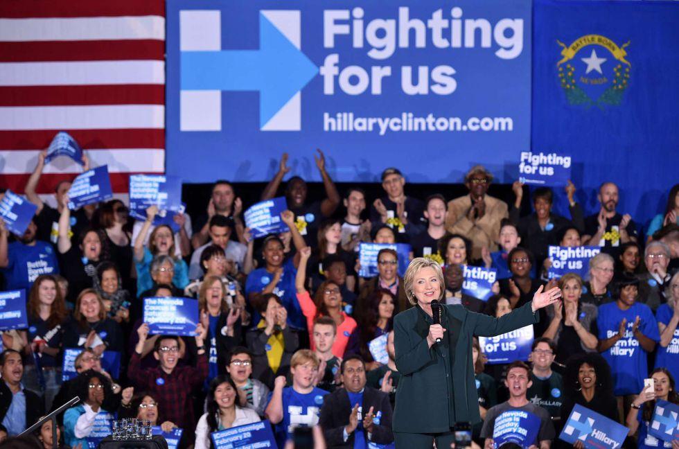 Hillary Clinton en el cierre de campaña en Las Vegas, el viernes.