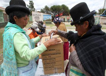 """El Gobierno de Bolivia califica de """"empate técnico"""" el referéndum para la reelección de Evo"""