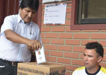 El recuento de los votos apunta a la victoria del 'no' en el referéndum en Bolivia
