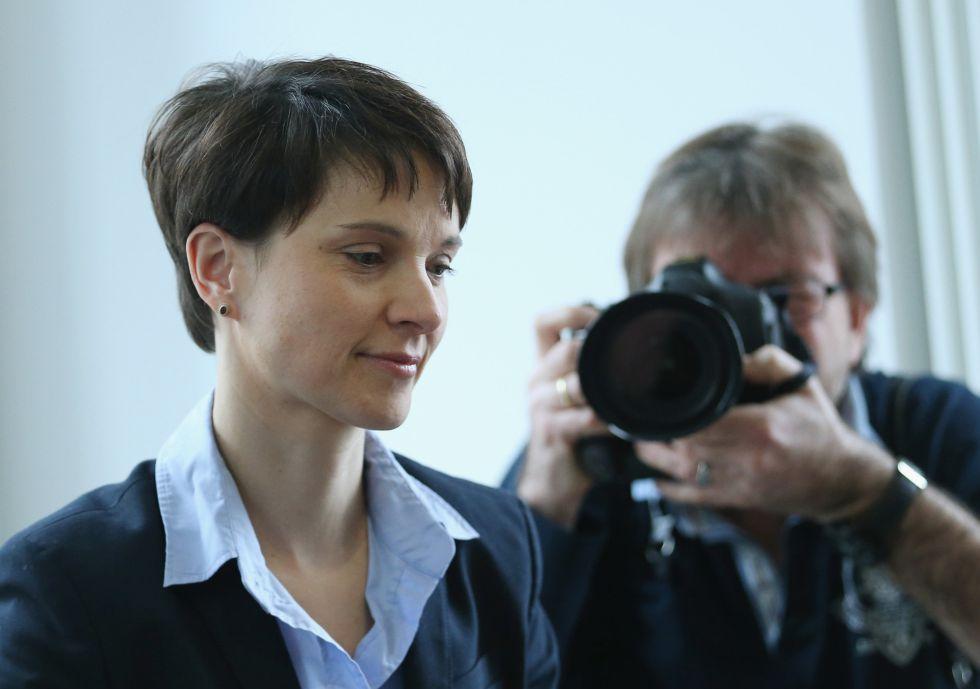 Frauke Petry, líder de Alternativa para Alemania, en un encuentro con periodistas internacionales celebrado en Berlín el lunes 22 de febrero.