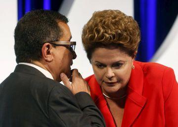 La policía de Brasil persigue al director de campaña de Lula y Dilma Rousseff