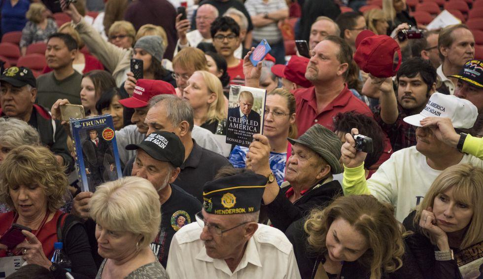 Detalle del público de Donald Trump en Las Vegas.
