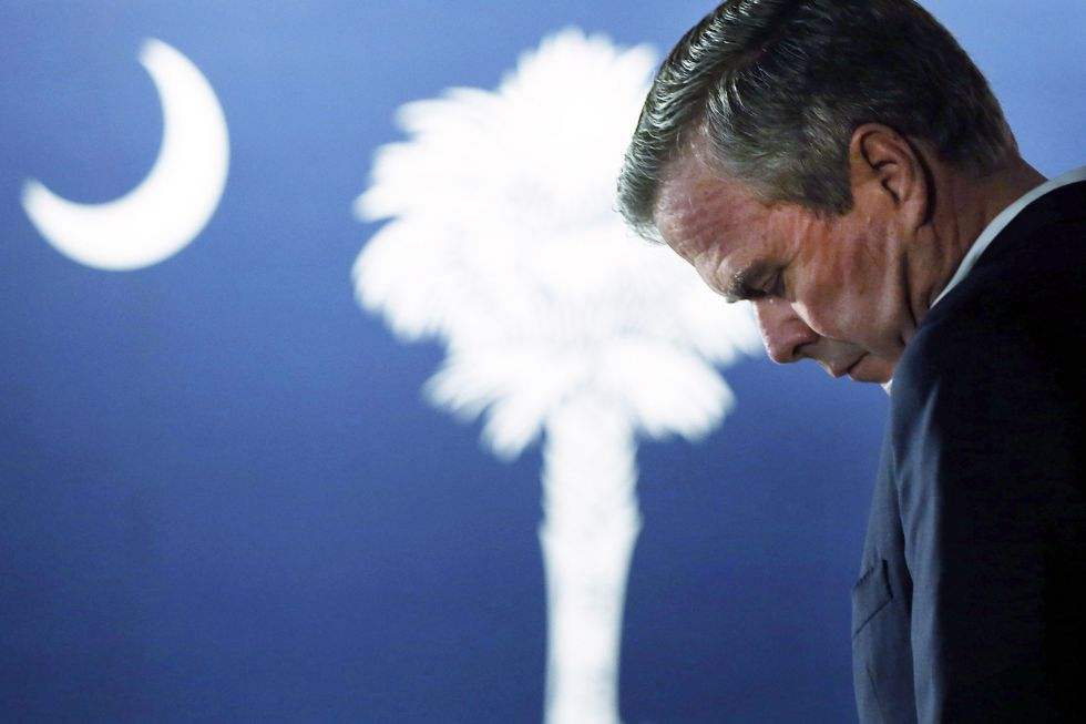 La renuncia de Jeb Bush fue una derrota del establishment republicano