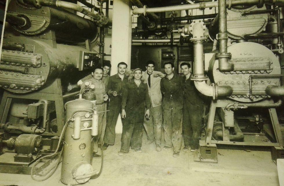 Humberto Martín (el cuarto desde la izquierda), cuando era un operario en el Gobierno de Juan Domingo Perón (1946-1955). Él siempre lo votó.