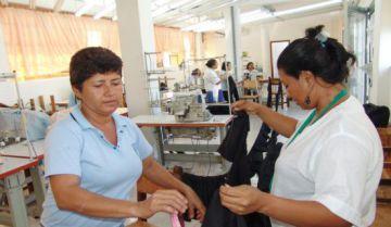 Trabajadoras colombianas de una empresa textil.