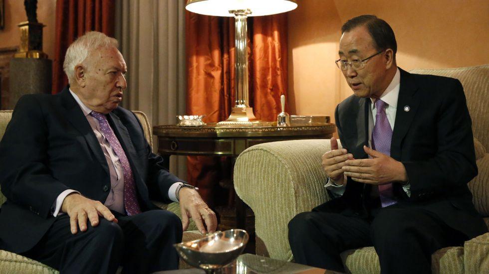 El ministro español de Exteriores, José Manuel García-Margallo, con el secretario general de la ONU, Ban Ki-moon.