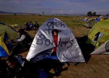 Los Balcanes levantan un muro para cortar el flujo migratorio desde Grecia