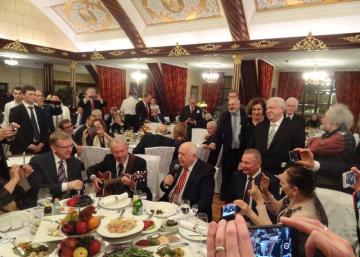 Canciones de la infancia en el 85 aniversario de Gorbachov