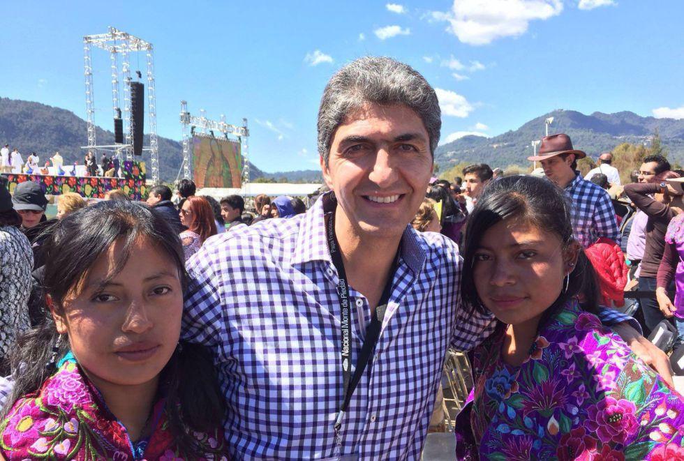 Ernesto Nemer durante una visita a Chiapas en febrero.