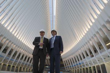 El arquitecto Santiago Calatrava, a la derecha