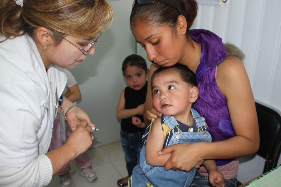 Un bebé vacunado contra la influenza en noviembre pasado.