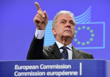 El comisario de Inmigración, Dimitris Avramopoulos.